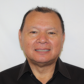Gilberto Guarderas, owner, headshot image